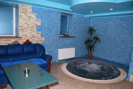 Сауна Нептун фото бассейна с гейзером