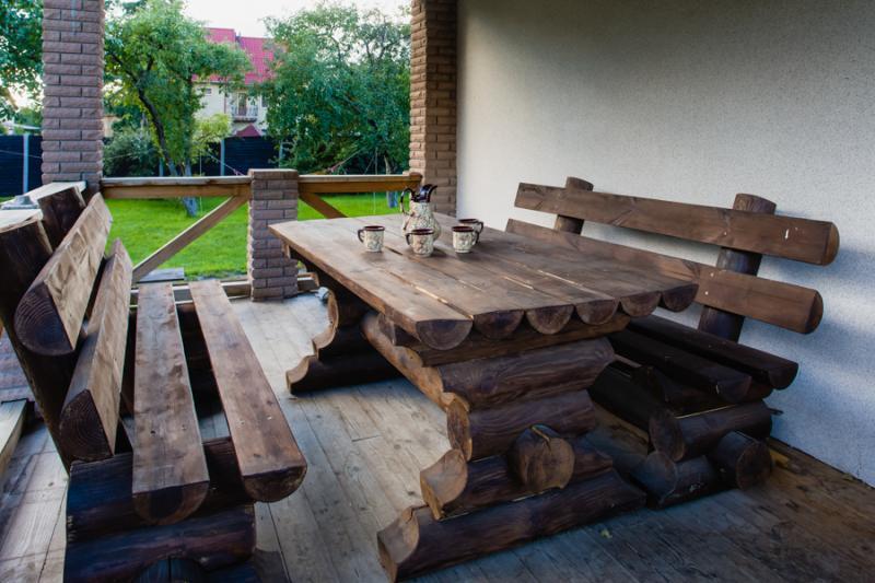 Баня Тройка фото столик на природе