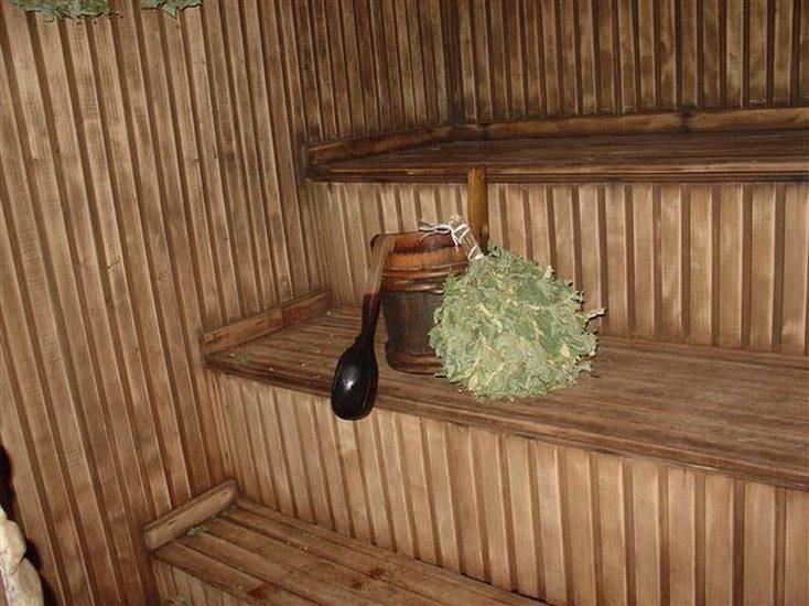 Настоящая русская баня с выходом в Днепр фото парилки